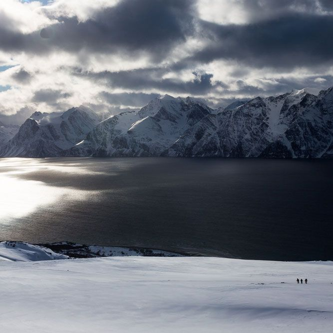 Some days are better than others! ✨🌅✨ #levelgloves #skigloves #wintergloves 📷 Mika Merikanto