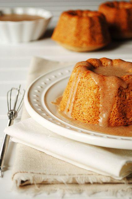 Cinnamon and Sugar Mini Doughnut Bundt Cakes. #gourmetillo loves!!