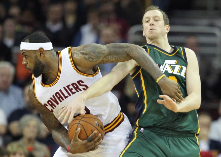 "LeBron James: The Cavs are ""clicking"" and it's largely because of Timofey Mozgov!"