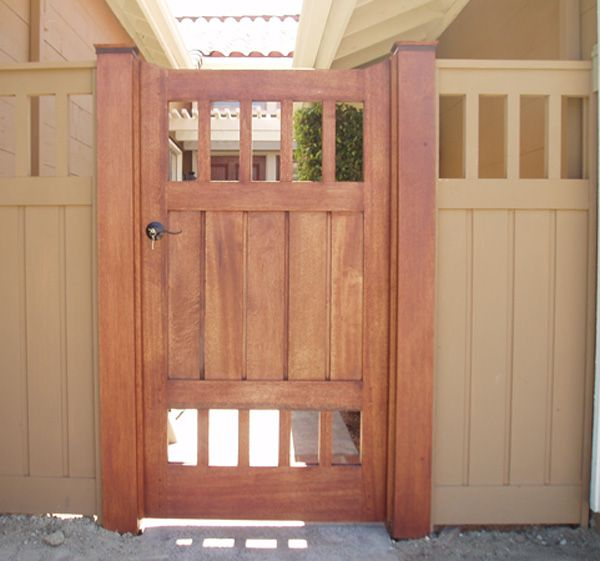 Tom's Craftsman Style Wood Gate