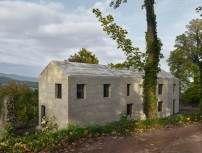 Haus am Entree Neubau von Dudler am Hambacher Schloss