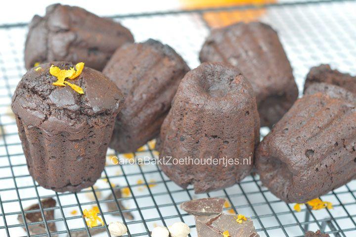 Deze chocoladecakjes van Rens Kroes zijn glutenvrij en bevat geen boter en bloem maar kokosmelk en kikkererwten en een snuf sinaasappel of chilipoeder.