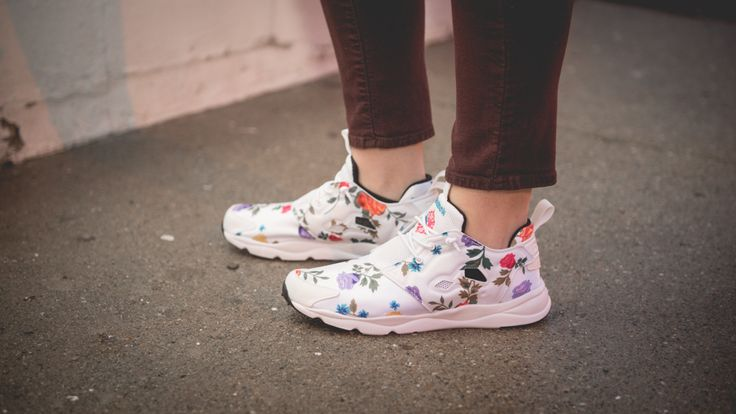 Reebok Furylite Floral Print Casual Shoes