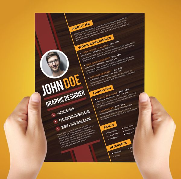 Free Creative Graphic Designer Resume Template #freepsdfiles #freepsdmockups #freebies #graphicdesign #psdgraphcis