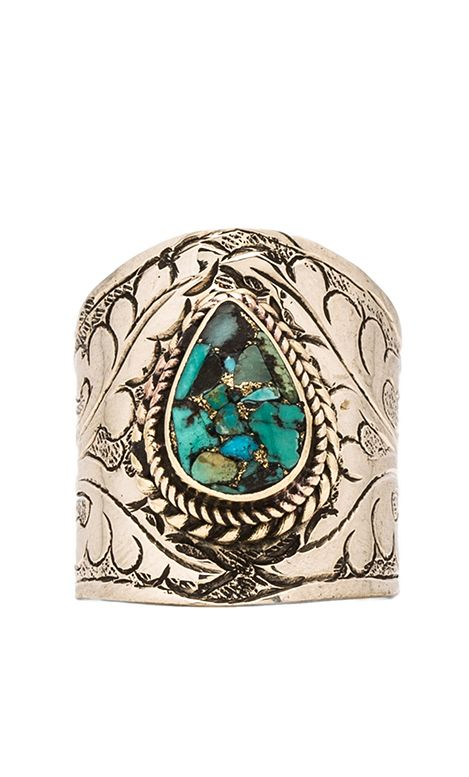 Floral Turquoise Ring