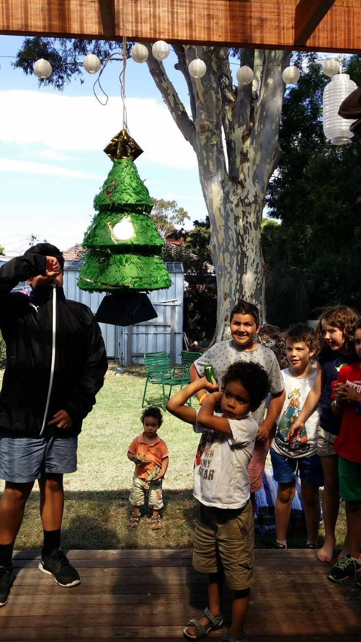 This year's pinata was store bought!  We ran out of time!!