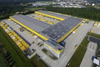 DHL: Bundesweit größtes Paketzentrum geht in Obertshausen ans Netz - http://www.logistik-express.com/dhl-bundesweit-groesstes-paketzentrum-geht-in-obertshausen-ans-netz/