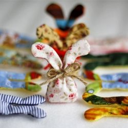 EASY bunny sachet, easy for kids to make, fill with lavender or a cotton ball…