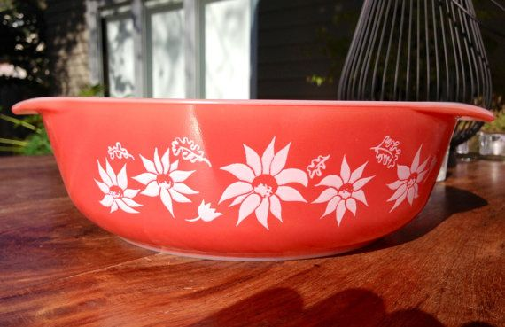 "Agee/Crown Pyrex ""Flannel Flowers"" casserole dish"