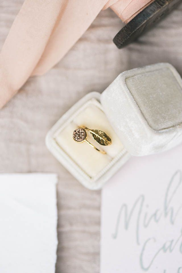 Simple ethereal virginia wedding