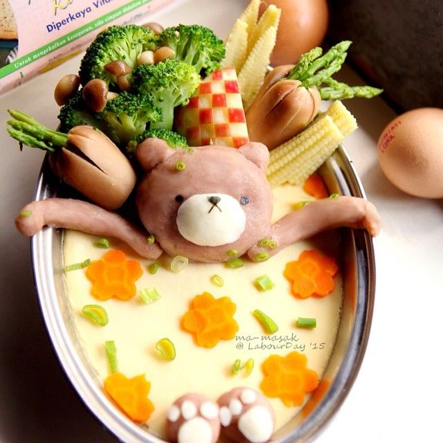 Indulge yourself with a hassle-free spa on this day! Happy Labour Day 🎉🎊🎈 #labourday #holiday #foodart #spa #cutefood #funfood #homecook #instafood #playingwithfood #charaben #bento