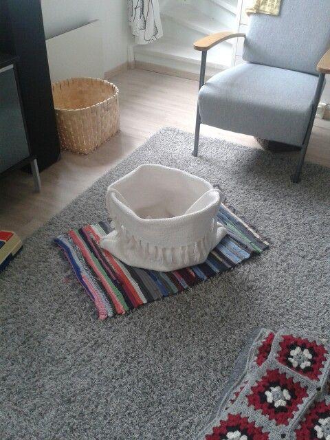 Koppa vanhasta matosta #carpet #rug