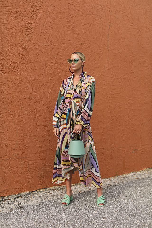 H&M STUDIO DRESS RAINBOW ZEBRA | Zebra dress, Rainbow