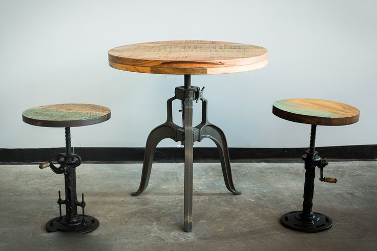 Round ajustable bistrot table