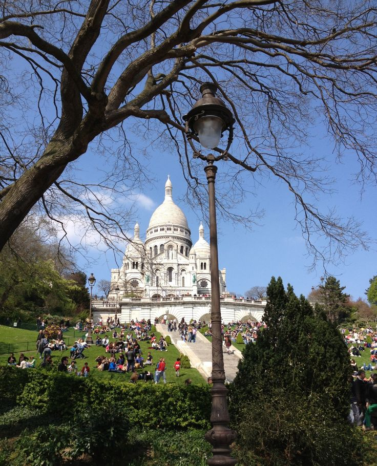 This morning from the highest place in Paris: the basilica of Sacred heart of Jésus (sacré-cœur) as seen from the base of the butte Montmartre