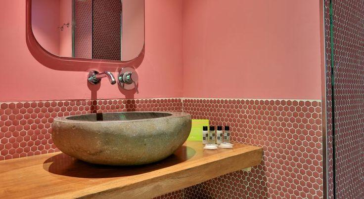 Tropicana Ibiza Coast Suites - Adults Only, Swimming pool, Bathroom