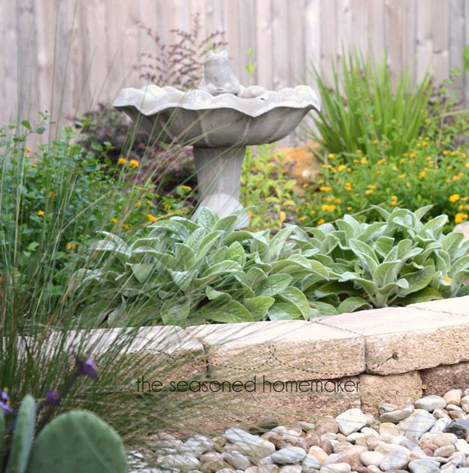 Small Garden Secrets: 25+ Best Ideas About Small Yard Landscaping On Pinterest