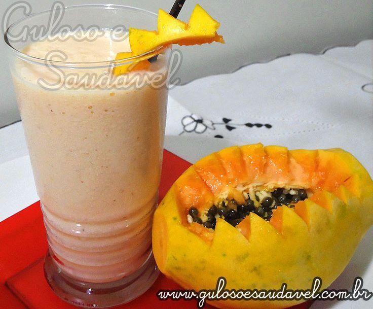 #BomDia! Para café de hoje temos o Smoothie de Banana com Mamão, é delicioso, suplementa a alimentação e revigora.  #Receita aqui: http://www.gulosoesaudavel.com.br/2011/07/27/vitamina-de-banana-com-mamao-smoothie/