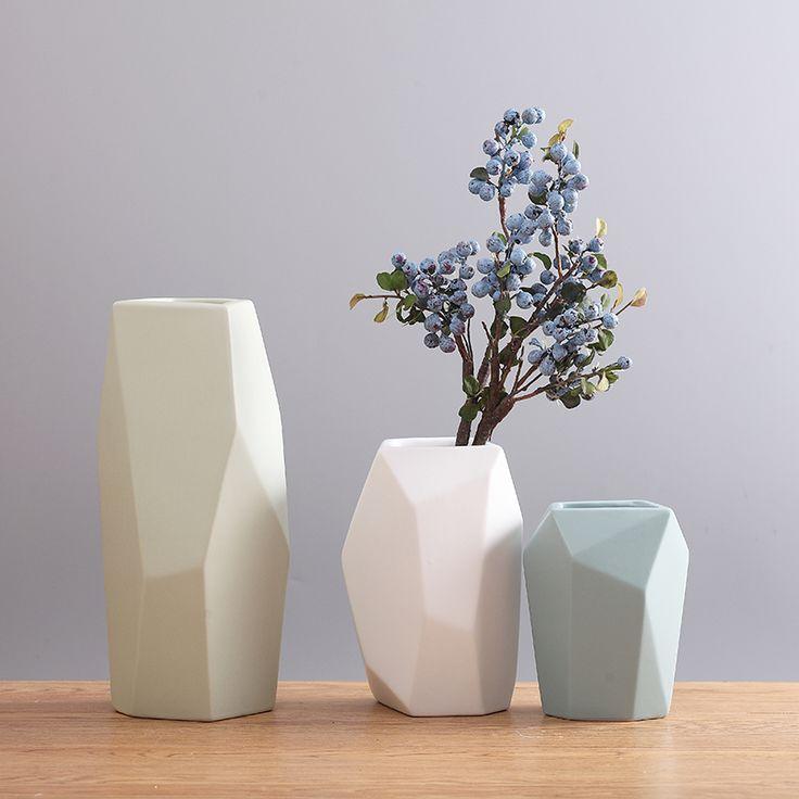 Modern Cystal Valentine Day Ceramic Vase Decoration Room Flower Inserting Device Creative Color TV Cabinet Geometric Decorations()