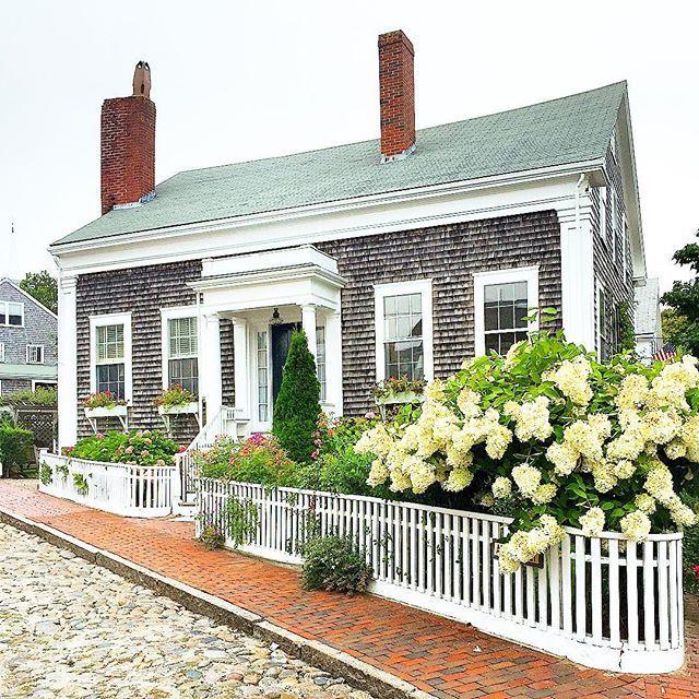 New England exterior