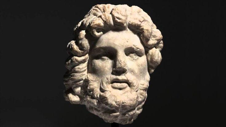 Webtekno ///  Yüzünüzü 2 Bin Yıllık Heykellerle Eşleştirip Hangi Eski Yunan - Roma Kahramanına Benzediğinizi Gösteren Site