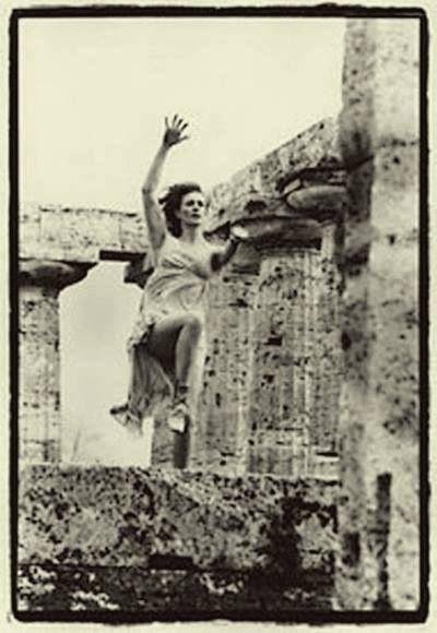 Edward Steichen -Therese Duncan -The Parthenon, 1921