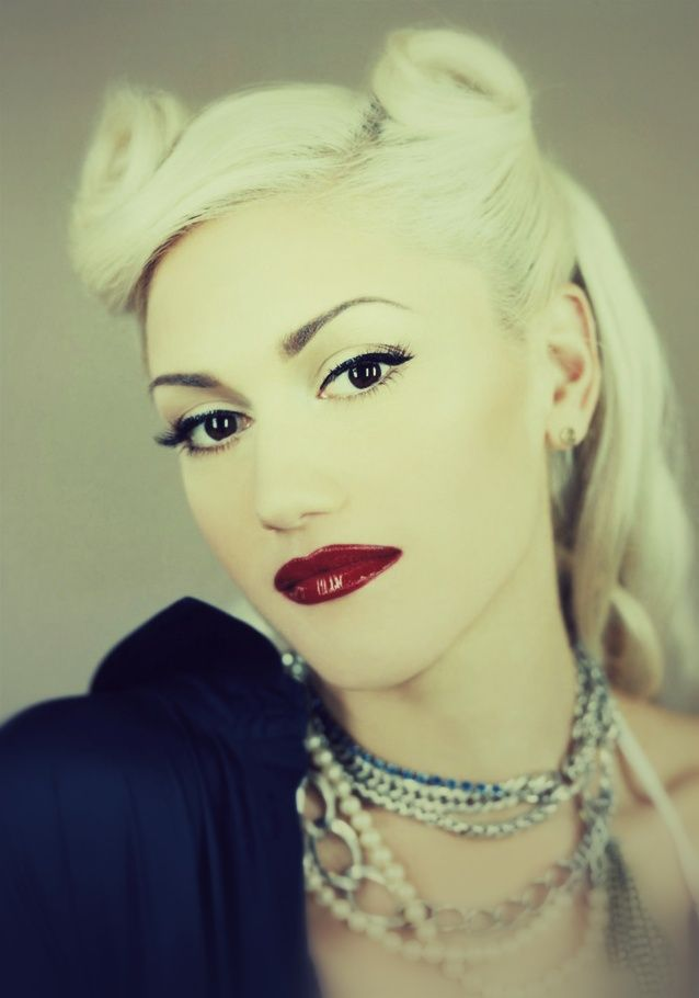 Reminds me of my sis in law, just blonde.