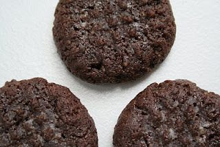 Chocolate Hazelnut Cookies (NOTella cookies!) – Low Carb and Gluten Free   All Day I Dream About Food