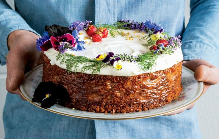 PASTEL DE MIEL Y QUESO CREMA (Spiced Honey Cake with Cream Cheese Frosting) #PastelesSinGluten #GlutenFree