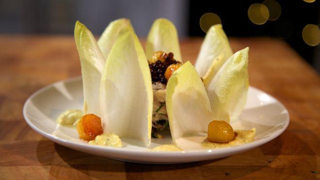 Makreelsalade met gekaramelliseerde appel - recept | 24Kitchen