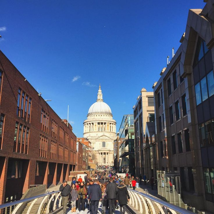 "144 Likes, 5 Comments - Sarah (@mrssarah_s) on Instagram: ""Day 14 - people. People everywhere crossing the millenium bridge towards St Paul's #fms_people…"""