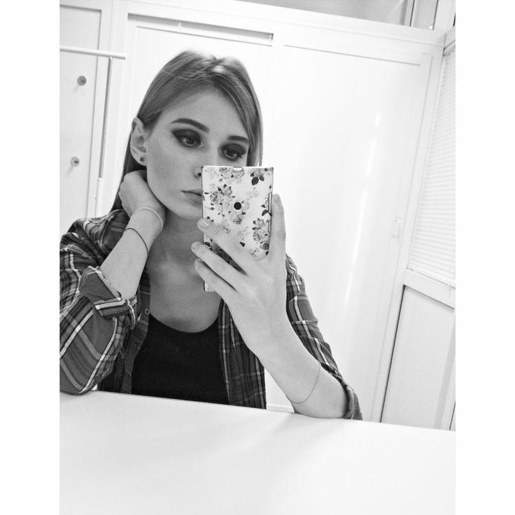 """Сегодня я посмотрела """"Человек -паук. Возращение домой""""����������Где главную роль сыграл  Том Холланд✨✨✨ ✨✨✨ ✨✨✨Я безумно люблю фильмы Marvel✨✨✨✨✨ и  этот фильм мне очень понравился ��������������������#spiderman #makeup #desing #photos #fashion #beautiful #followme #follow #typical_modeling #designer #modeling  #student #modellife #photo #photography #Moscow #Rostov #marvel  #photographer #modelkrasnodar #models #modelagency #Krasnodar #selfie #selfiekrd #моделька…"""
