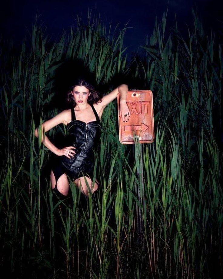 "61 Me gusta, 2 comentarios - Juli Rossa (@julirossa) en Instagram: ""#NY Ph @isaacbearman #SergioMorinigoManager #model #singer #actress #ny #usa"""