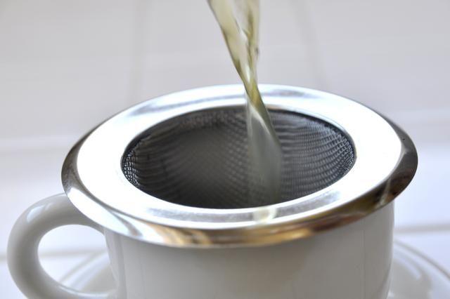 How to Make Clove Tea  -  RECIPE ON SITE