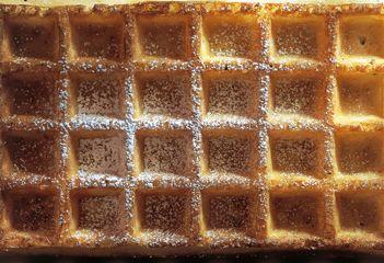 Die Besonderheit der Brüsseler Waffeln aus dem Kochbuch Das Gericht (Homarus Box) ist, dass der …