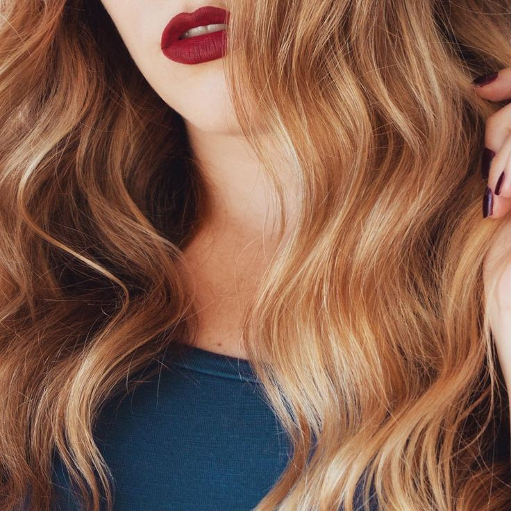 big messy waves and deep red lips - gorgeous combo!!  ~  we ❤ this! moncheribridals.com