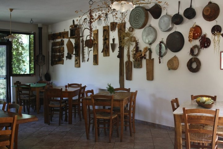 sala comune | agriturismo fontana delle pere | pinterest, Hause ideen