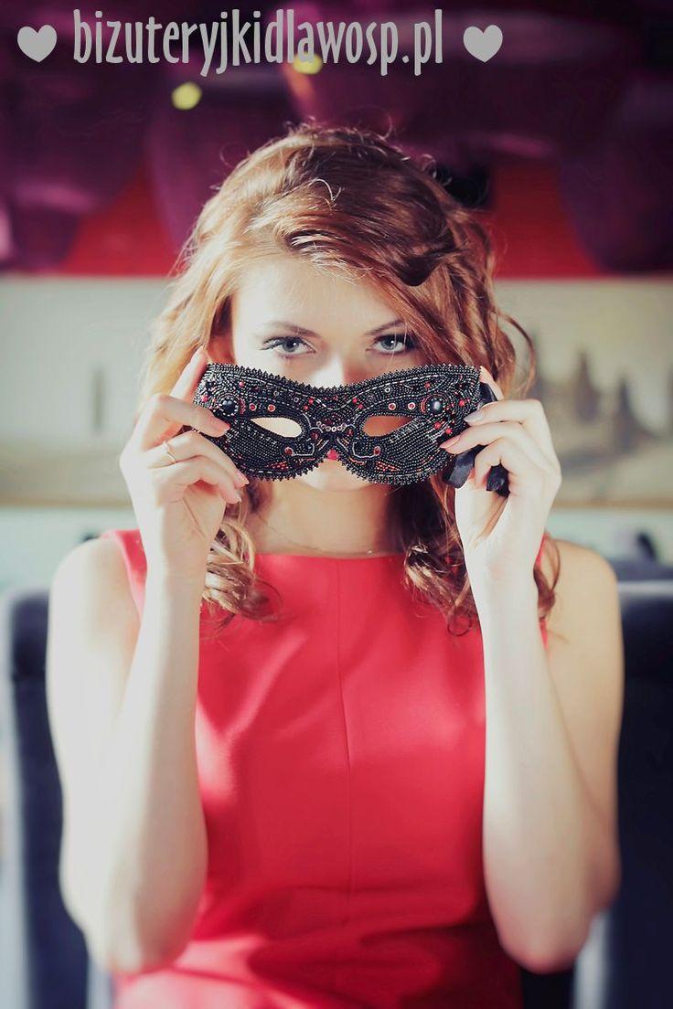 http://aukcje.wosp.org.pl/femme-fatale-maska-wenecka-karnawal-i1234227