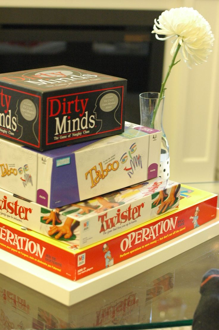 Game Night Party with Great Decor, Prizes, & Treat Ideas!
