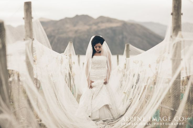 Rippon Vineyard Wedding, Wanaka - Photography by http://blog.alpineimages.co.nz/ Hair by Studio 9305