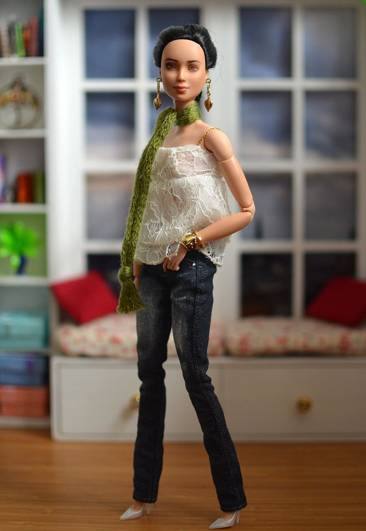 Spoiled For Choice: Delicate Spring – PlasticallyPerfect #SpringOOTD #Lace #BarbieStyle #PlayscaleStyle #BarbieFashion #OOAKBarbie #CustomBarbie
