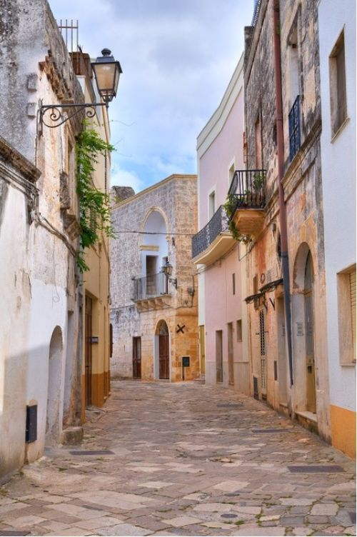 Puglia alleyway, Italy from $41.99 | www.wallartprints.com.au #VillagePictures #LandscapePhotography