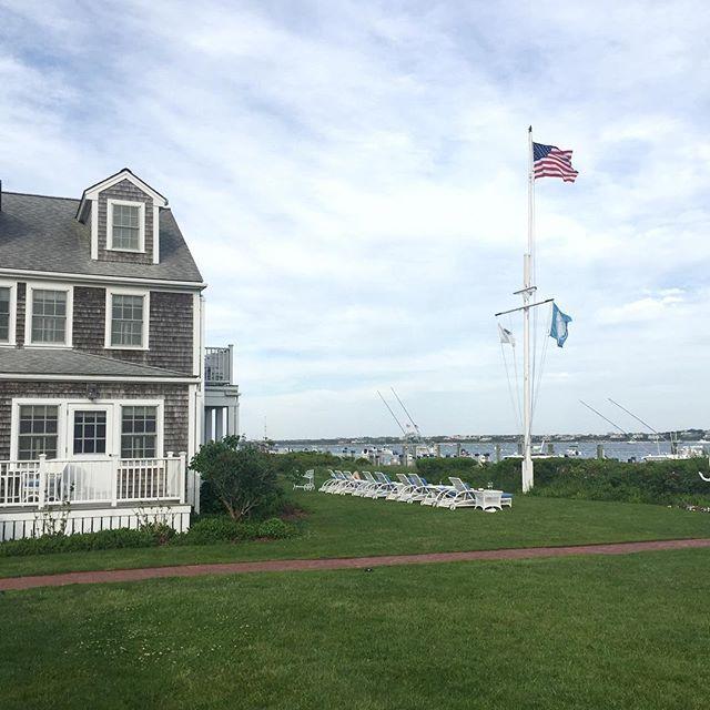 Hampton Inn And Suites Cape Cod: 17 Best Ideas About White Elephant Nantucket On Pinterest