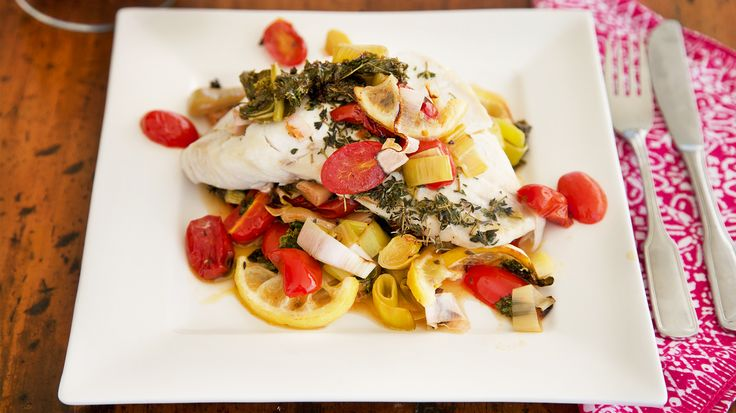 Cod with Kale, Leek, Tomatoes and Lemon in the oven