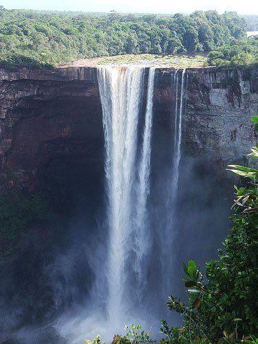 A Kaieteur vízesés, Dél-Amerika