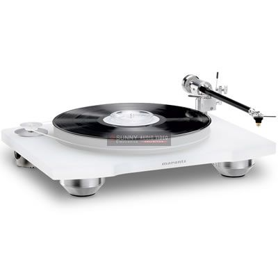 Marantz Turntables Analog TT-15S1 Marantz embraces an audiophile quality turntable with AC servo belt-drive and low-coloration tone arm to answer the need for a high performance source component for the analog record.