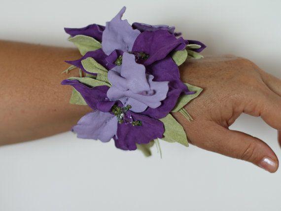 14 Bracciale in pelle scamosciata lilla orchidea  115.08€