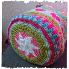 KnoFF-je : Tapestry haken.