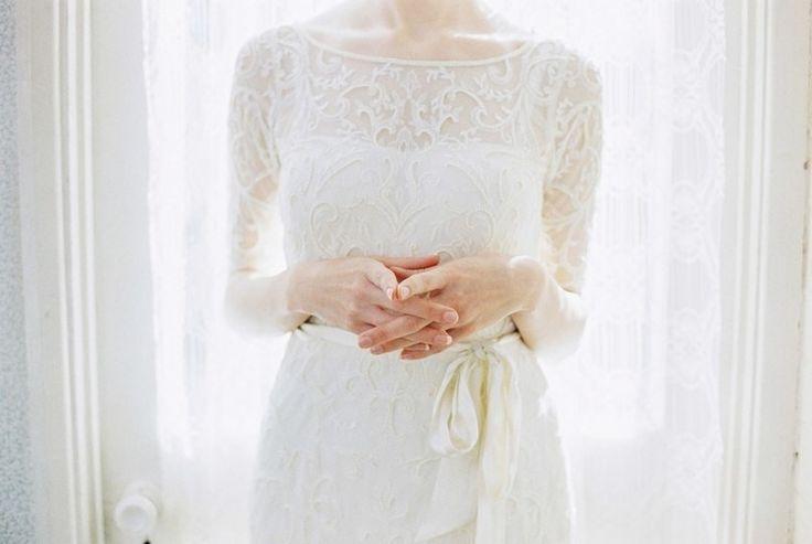 «Something old and something new, something borrowed and something blue» - английская свадебная традиция, согласно которой на невесте в день свадьбы должно быть что-то старое, новое, взятое взаймы и голубое. Выполняя все эти условия, молодая семья обречена на безграничное счастье, неземную любовь и нескончаемое взаимопонимание!    #wedding #bride #flowers #свадьбаВолгоград #свадьбаВолжский #декорнасвадьбу #свадьба #Волгоград #Волжский