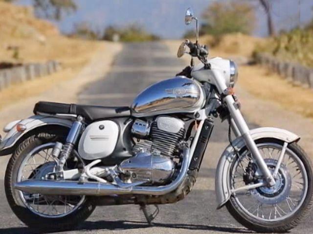 You Can Book A Jawa Jawa 42 Motorcycle In Less Than 5 Minutes
